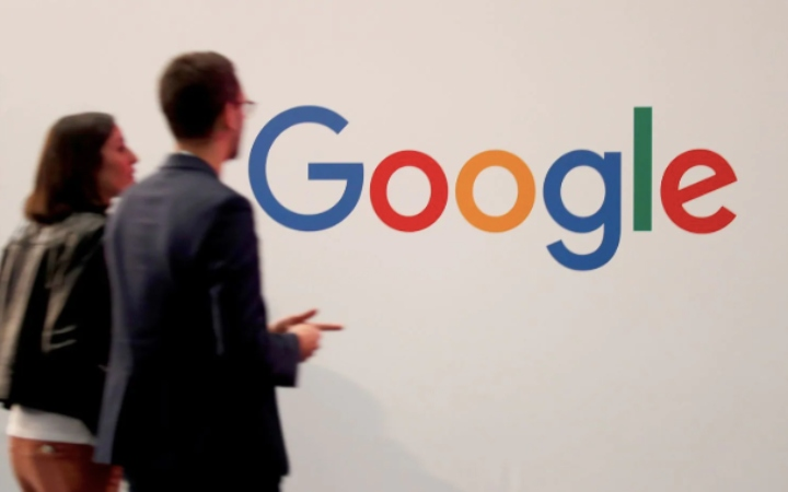 Search Engine giant Google is facing regulatory investigations from US government departments.